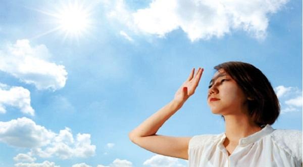 Da dễ nhạy cảm với ánh nắng hơn bình thường