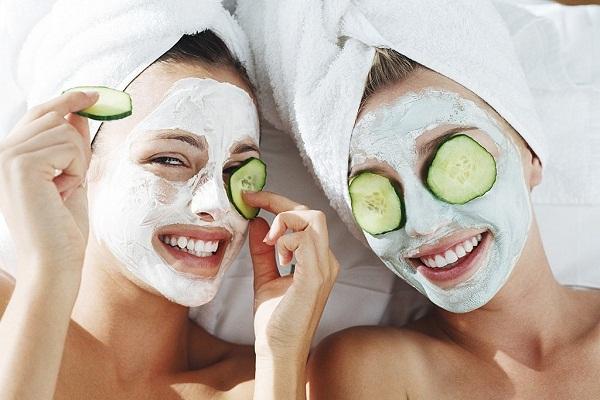 Mặt nạ giúp bảo vệ da khô, cung ấp các dưỡng chất cần thiết giúp da khỏe mạnh