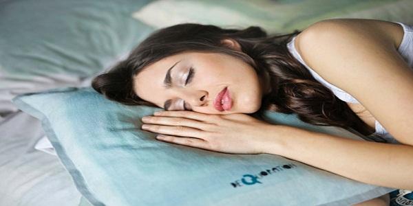 Giấc ngủ giúp giảm tác động xấu từ việc da bị stress