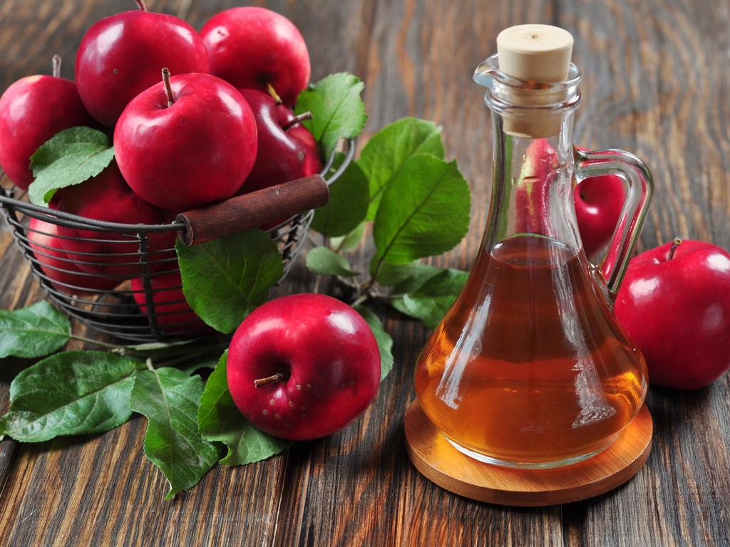 Giấm táo pha loãng có thể dùng như toner hằng ngày