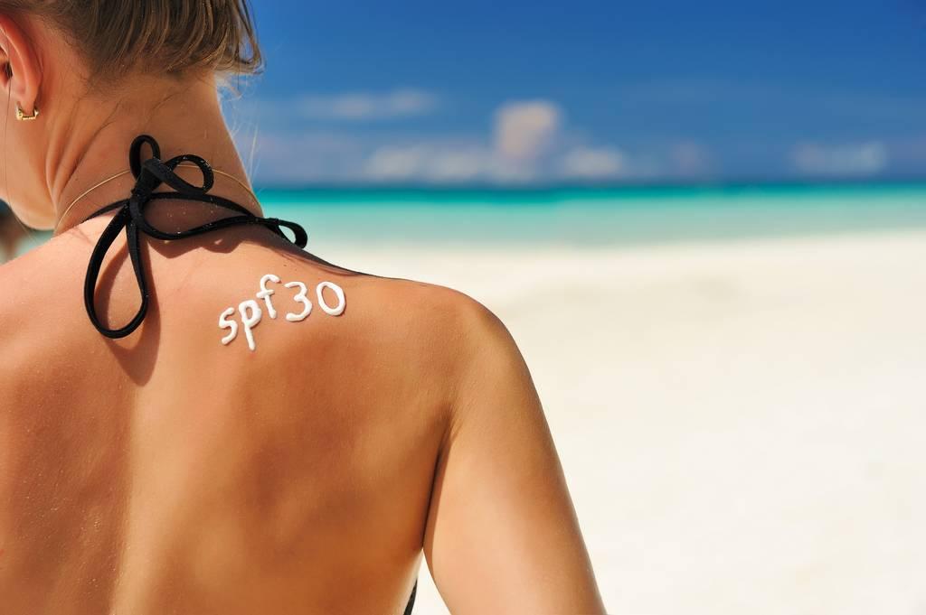 Kem chống nắng cho da dầu hợp lý nhất trong khoảng SPF 30 - 50