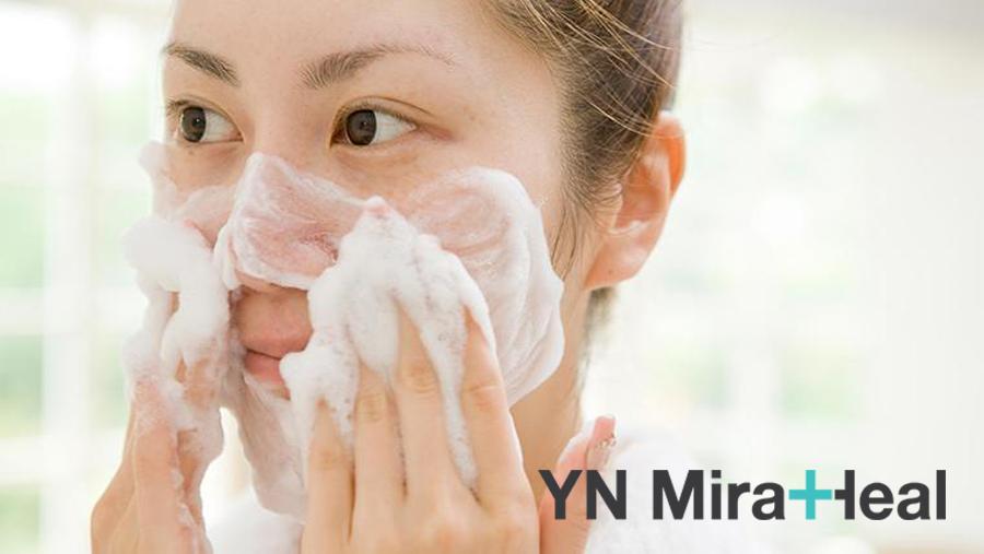 Sữa rửa mặt phù hợp với da là sau khi dùng không gây khô da và kích ứng