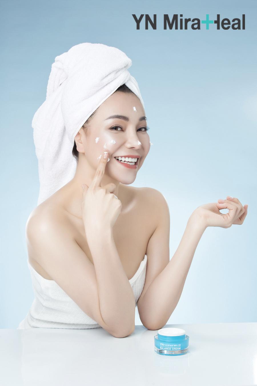 Chú ý đến đồng hồ sinh học của làn da để tìm hiểu 5 thời điểm thoa kem dưỡng da tốt nhất sau đây
